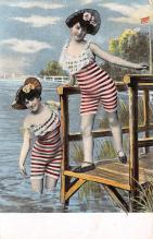 top027593 - Bathing Beauty Post Card