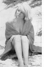 top027627 - Bathing Beauty Post Card