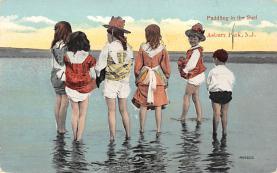 top027673 - Bathing Beauty Post Card