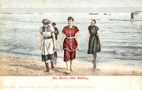 top027707 - Bathing Beauty Post Card