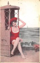 top027713 - Bathing Beauty Post Card