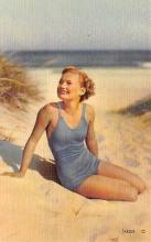 top027719 - Bathing Beauty Post Card