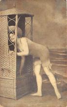 top027729 - Bathing Beauty Post Card