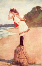 top027803 - Bathing Beauty Post Card