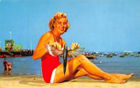 top027805 - Bathing Beauty Post Card