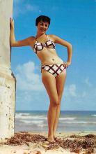 top028013 - Bathing Beauty Post Card