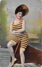 top028093 - Bathing Beauty Post Card