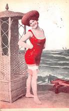 top028137 - Bathing Beauty Post Card