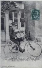 tra000037 - Reproduction - Le Tambour de ville Cycling, Bicycle, Bicycling Postcard Postcards