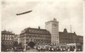 tra004105 - Graf Zeppelin,  Uber Leipzig, Zeppelins Postcard Postcards