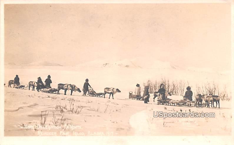Home Delegation En Route - Igloo, Alaska AK Postcard