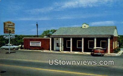 Hank's Dog House - Little Rock, Arkansas AR Postcard
