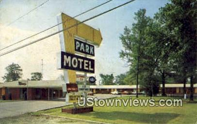 Park Motel - Russellville, Arkansas AR Postcard