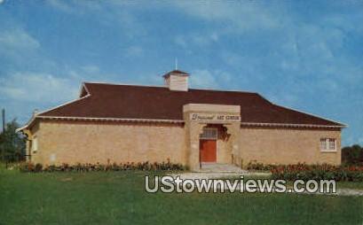 Bryant Art Center - Harrison, Arkansas AR Postcard