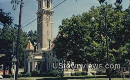 Monroe County Court Hosue - Clarendon, Arkansas AR Postcard
