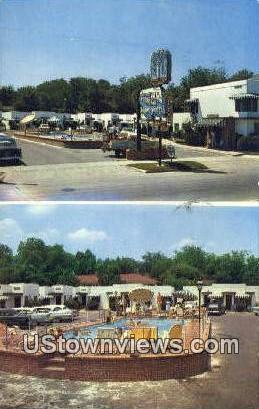 Fountain Court House - Hot Springs, Arkansas AR Postcard