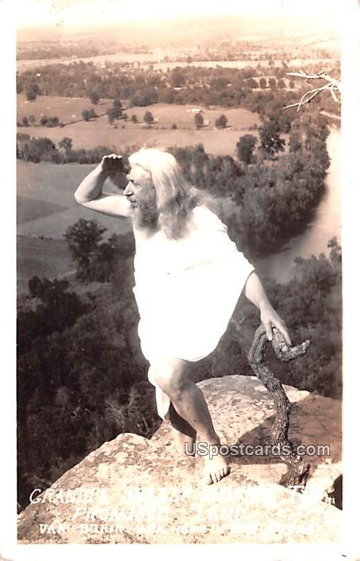 Grandpa Snazzy Viewing - Van Buren, Arkansas AR Postcard