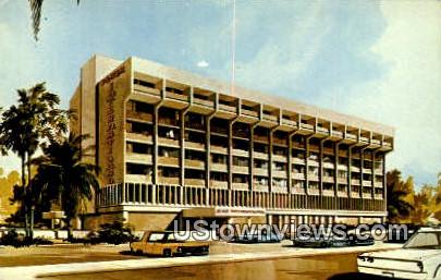 Plaza International Hotel - Tucson, Arizona AZ Postcard