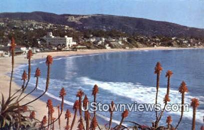 Union Oil Company - Laguna Beach, California CA Postcard