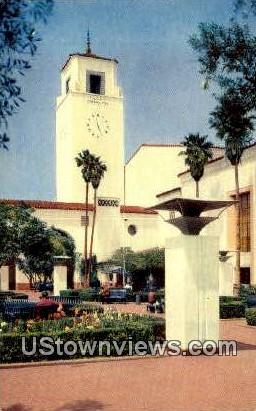 The Patio, Union Station - Los Angeles, California CA Postcard