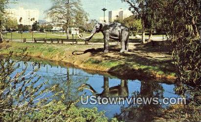 Labrea Tar Pits - Los Angeles, California CA Postcard