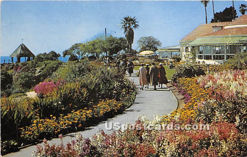 Heisler Park & Victor Hugo Inn - Laguna Beach, California CA Postcard