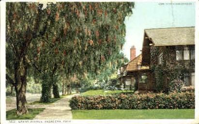 Grand Avenue - Pasadena, California CA Postcard