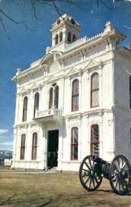 Court House - Bridgeport, California CA Postcard