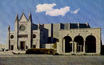 The Hall of the Crucifixion & Museum - Glendale, California CA Postcard