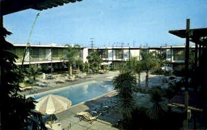 International Inn - Long Beach, California CA Postcard
