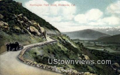 Huntington Park Drive - Riverside, California CA Postcard
