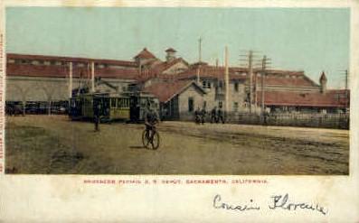 Southern Pacific R.R. Depot - Sacramento, California CA Postcard