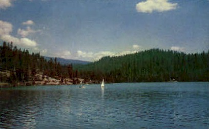 Hume lake - Kings Canyon National Park, California CA Postcard