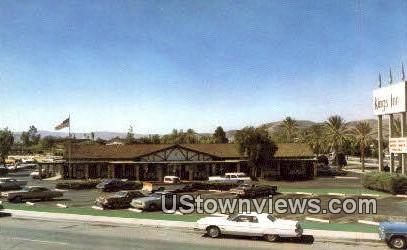 Kings Inn - Sun City, California CA Postcard