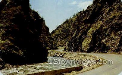 The Narrows, Williams Canyon - Rocky Mountain National Park, Colorado CO Postcard
