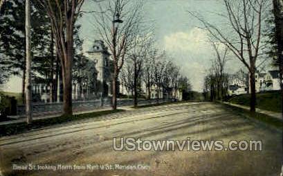 Broad Street - Meriden, Connecticut CT Postcard