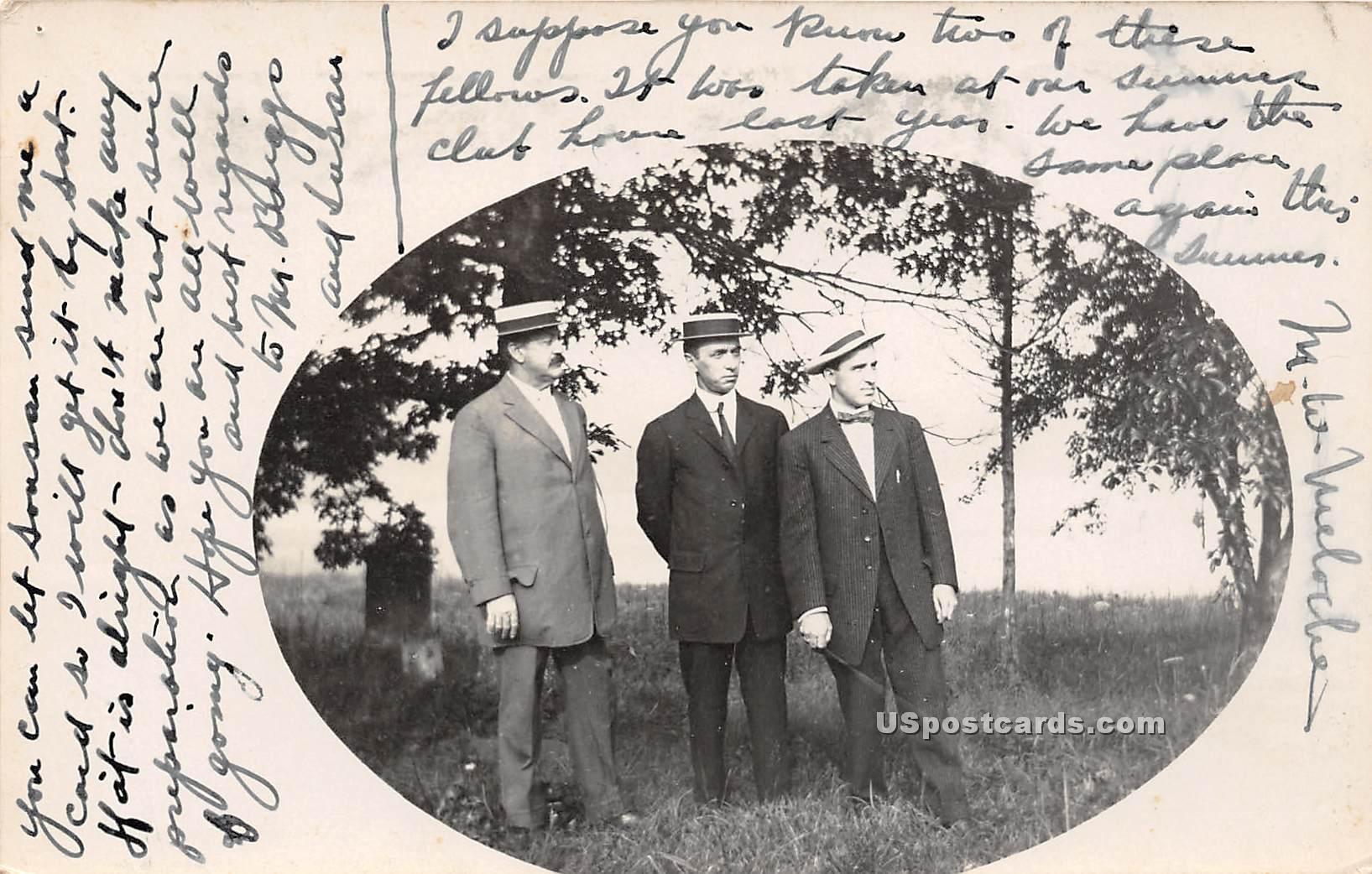 3 Gentlemen - Norwich, Connecticut CT Postcard