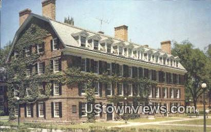 Yale University, Conn. Hall - New Haven, Connecticut CT Postcard