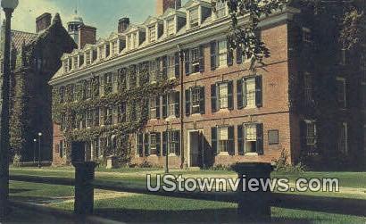 Connecticut Hall, Yale University - New Haven Postcard