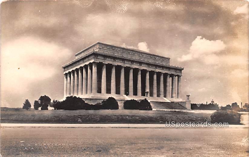 Memorial - Washington, District of Columbia DC Postcard