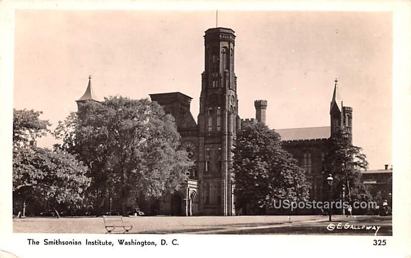 Smithsonian Institute - Washington, District of Columbia DC Postcard