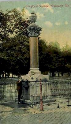 Bringhurst Fountain - Wilmington, Delaware DE Postcard