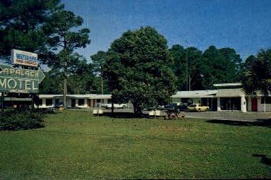 Apalach Motel - Apalachicola, Florida FL Postcard