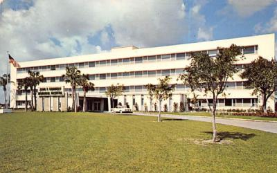 John F. Kennedy Memorial Hospital Atlantis, Florida Postcard