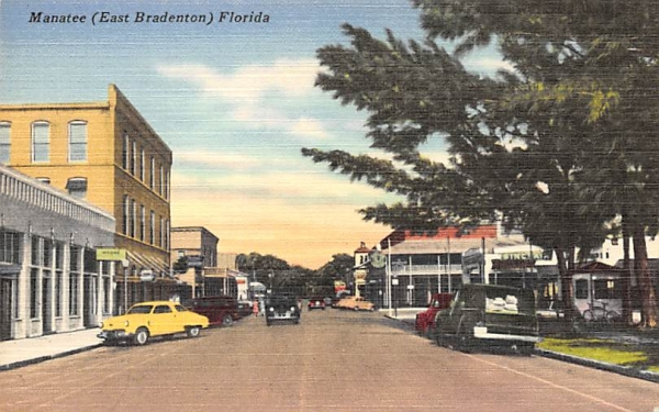 Manatee (East Bradenton) Florida, USA Postcard