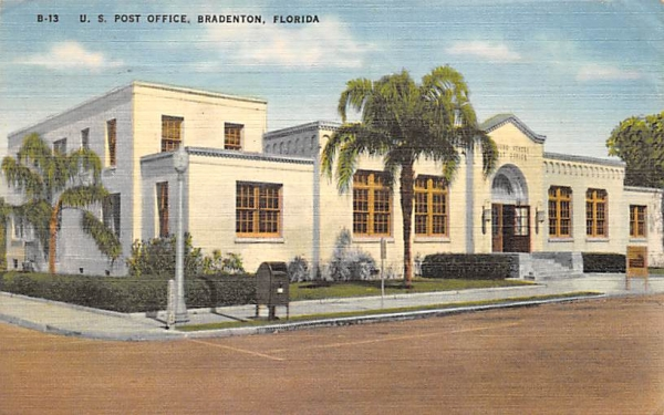 U. S. Post Office Bradenton, Florida Postcard