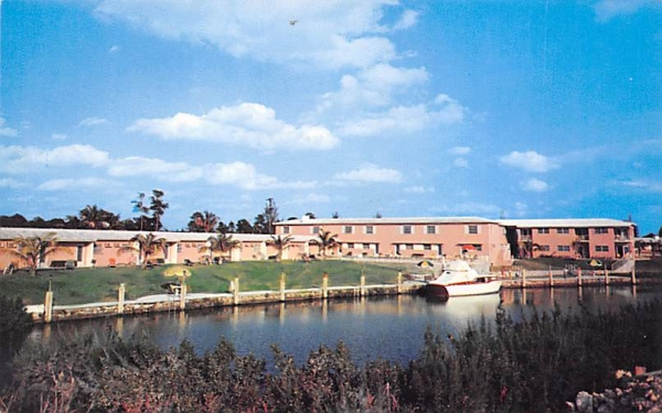 University Court Motel Coral Gables, Florida Postcard