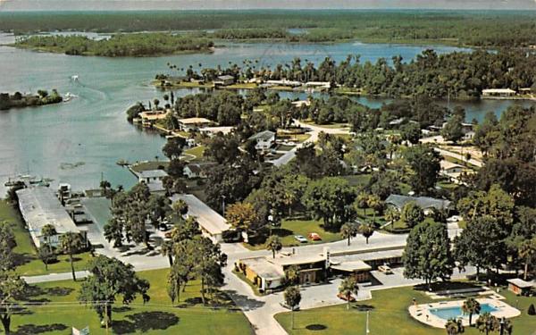 Crystal Lodge Motel Crystal River, Florida Postcard