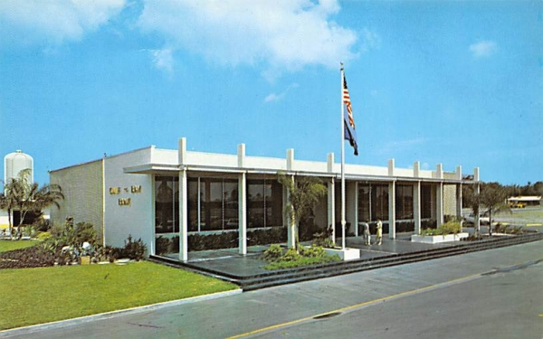 Gulf-To-Bay Bank and Trust Company Clearwater, Florida Postcard