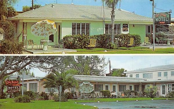 Sea Spray - Sky Ranch Motels Clearwater Beach, Florida Postcard